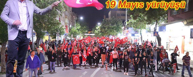 Muhteşem 19 Mayıs yürüyüşü ve Pera Konseri