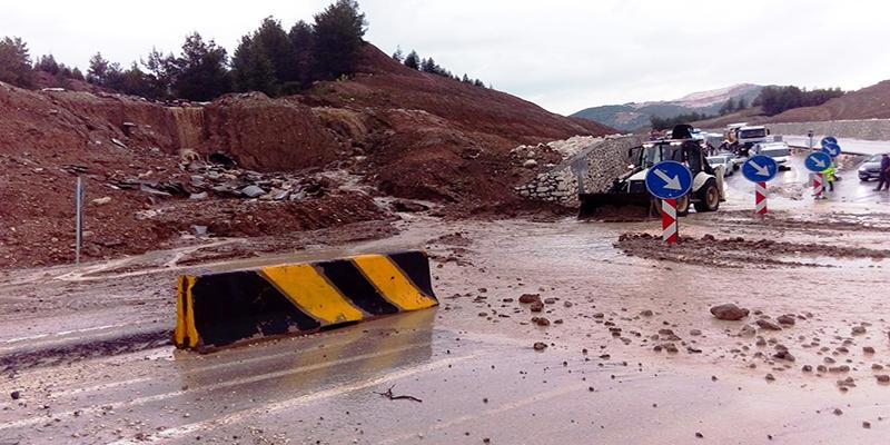 Sağanak yağış gene tahribata sebep oldu