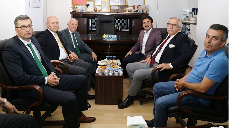 Gürallar Grubu'ndan, AK Parti'ye ziyaret