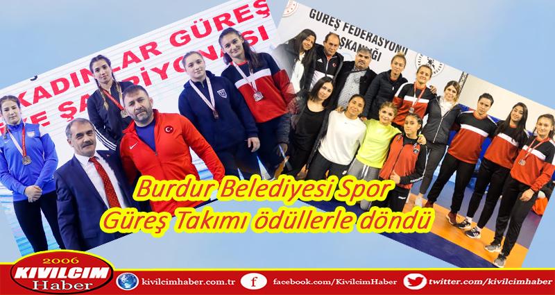 Burdur Belediye Spor Güreş Takımı ödüllerle döndü