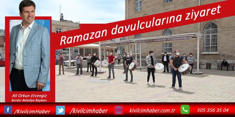 Başkan Ercengiz'den Ramazan davulcularına ziyaret