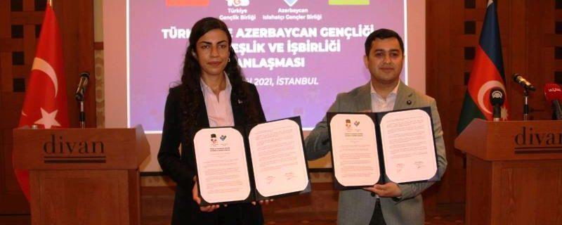 Antiemperyalist Azerbaycan ve Türk gençleri, 'kardeşlik ve işbirliği anlaşması' imzaladı!